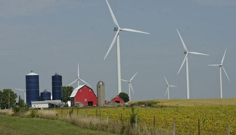 図1●アイオワ州は米国の州別風力発電導入量で3番目 (出所:Iowa Farm Bureau)