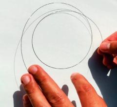 東レが開発した中空糸状のCO<sub>2</sub>分離膜(写真:東レ)