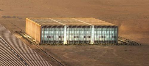 図7 ビルのような外観で数GWhも可能に