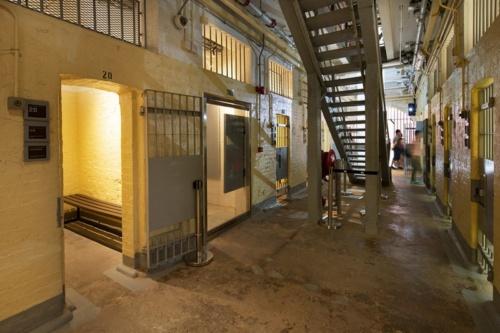 旧ビクトリア刑務所内。150~170年前の建築の設計図も、施工時の情報も全くないなかで、プロジェクトは現況調査から始まった(写真:©Arup)