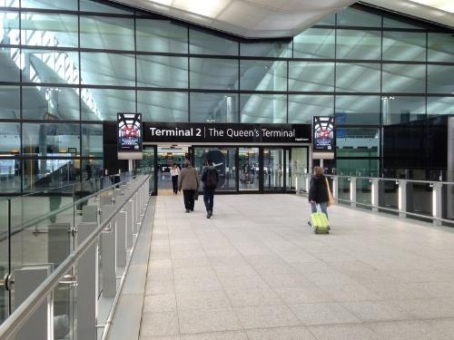 2014年に建て替えが完了したヒースロー空港第2ターミナルは、別名クイーンズターミナルとも呼ばれている。全日空などアジア系の航空会社が多数就航する(写真:Arup)