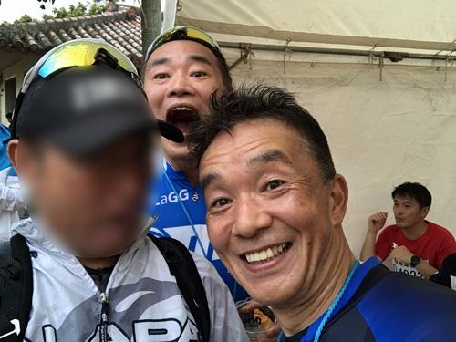ゴール会場でSUBARUの宣伝部長小島さんに邂逅。「ちょうどSUBARUの記事を書いたばかりなんですよ」と話すと、「あ、そうなんですか」と。宣伝と広報は違うのね(笑)。