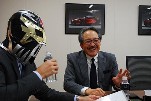 トヨタとの提携前夜にどんなやり取りがあったのか。日経新聞には1行も出てこないような話もタップリうかがいました。さて、どこまで書こうかね……。