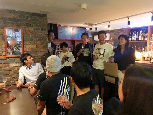 夜の愛知県知事と、夜の名古屋市長が夜の栄で大暴れ。楽しゅうございました。