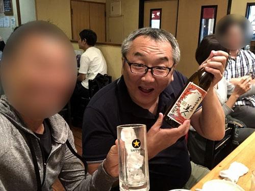 """三軒茶屋の「<a href=""""https://tabelog.com/tokyo/A1317/A131706/13032110/"""" target=""""_blank"""">とり石</a>」にて。安くて美味しくて量が多くて最高の店でした。ここは年内に必ずもう一度行きます。"""