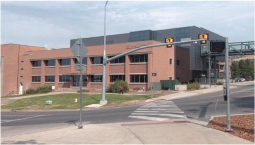 図 筆者の在籍していた工学部機械工学科のRio Tinto Kennecott Building