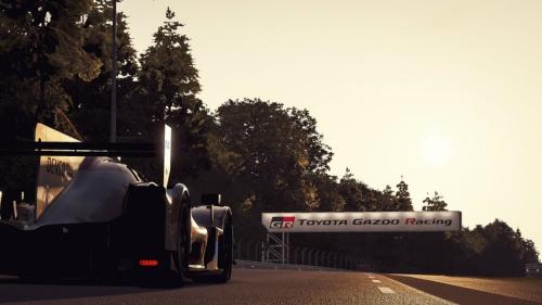 シムレースとなった2020年6月のバーチャル・ルマン24時間レースの画面