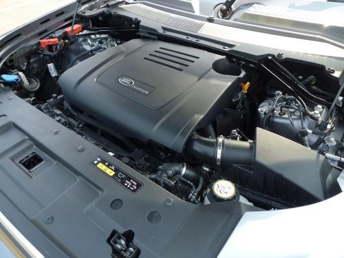 日本に導入される車種のエンジンは、グレードの差によらず、同一性能の2.0Lのガソリンターボになる