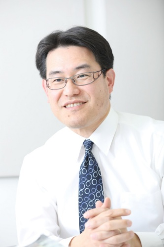 小栗新氏(写真:鈴木 愛子)