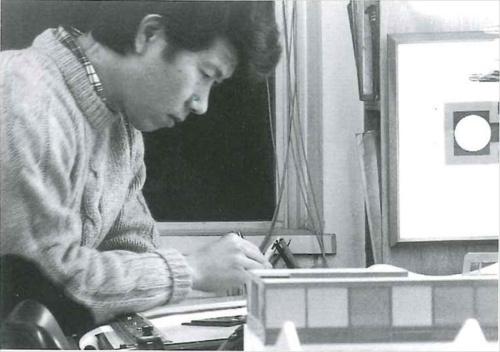 若い頃の山本理顕氏(写真:山本理顕設計工場)