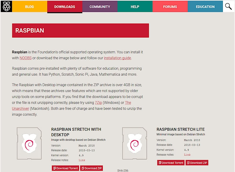 ラズパイの公式OS「Raspbian」をダウンロード。ファームウエアの設定に使うだけなので、通常版とLite版、どちらでも構わない