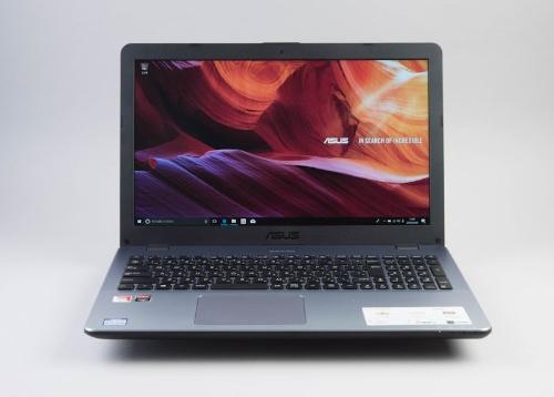 スタンダードなA4ノートのVivoBook 15 X542BPをレビューする