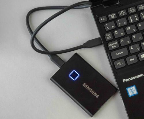 韓国サムスン電子の「Portable SSD T7 Touch」