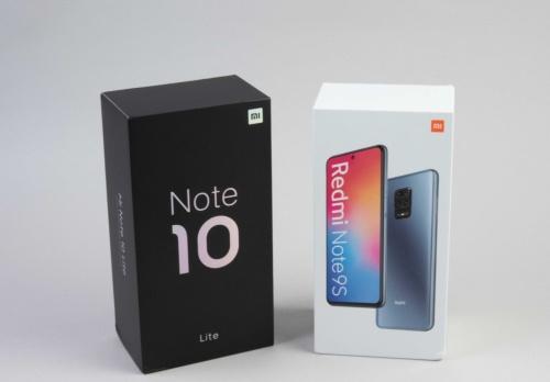 Redmi Note 9S(右)とMi Note 10 Lite(左)の製品パッケージ