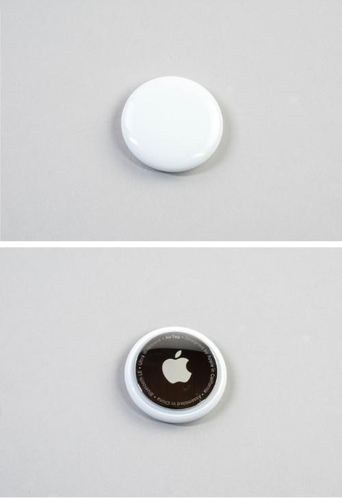 アップルのAirTag。質感と完成度の高さを感じる