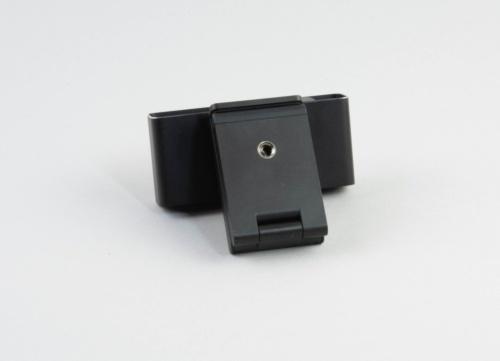 Webex Desk Camera 4Kは三脚に固定することも可能だ