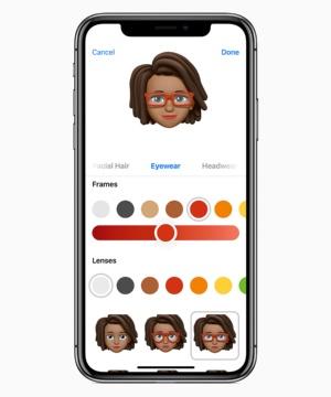 端末内に自分のアバターを作り、「メッセージ」アプリや無料ビデオ通話アプリの「FaceTime」などで使える「ミー文字」。自分の表情がリアルタイムに反映される