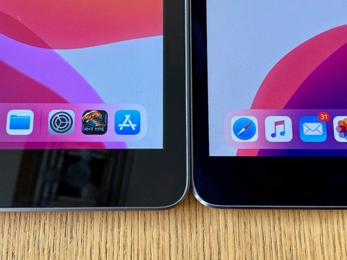 iPad(第7世代)(左)は、iPad Pro(10.5型)(右)と並べて比較すると、まだ額縁が広いことがわかるが、これまでよりも十分洗練されたデザインになったと思う