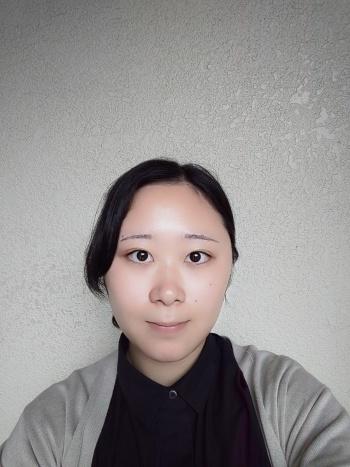「美肌」を「10」に設定して撮影した作例。なお、「小顔」は、筆者の部下が試した範囲では、さほど大きな効果は得られなかった