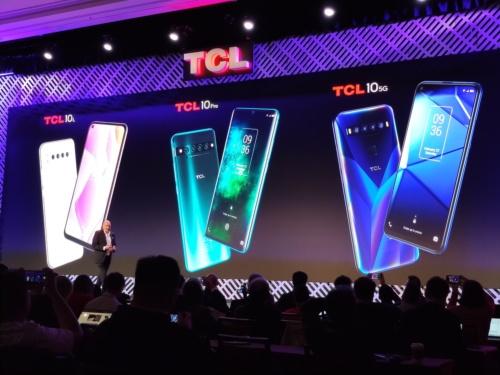 TCLは、自社ブランドのスマホ3機種を北米市場に投入すると宣言。5Gモデルも開発中だ