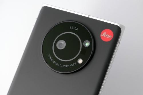 ライカカメラが監修したSIMフリースマホ「Leitz Phone 1」