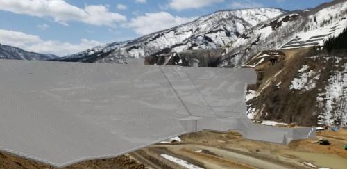 モニターに表示する画像のイメージ。建設現場の映像にダム堤体の3次元モデルを重ねた(資料:鹿島)