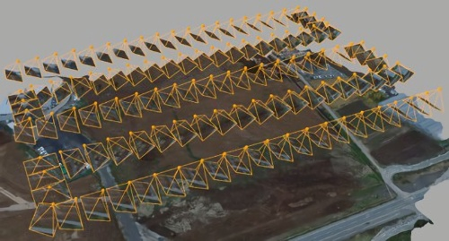 飛行経路のイメージ。オレンジ色は撮影範囲を示す(資料:フジタ)