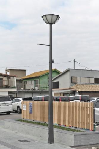 松崎地区の街路の照明柱(写真:生田 将人)