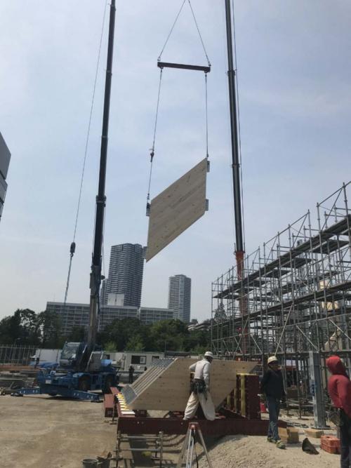 パビリオン棟の施工中の様子(写真:三菱地所設計)