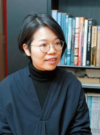 伊藤 教子|Noriko Ito 首都大学東京大学院都市環境科学研究科建築学域博士課程修了。設備設計一級建築士。現在はZO設計室取締役、室長。多種多様な建築の環境設計・設備設計を手掛ける。共著で「設備設計スタンダード図集」(オーム社)、「クリマデザイン:新しい環境文化のかたち」(鹿島出版会)などがある