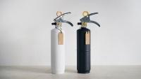 「+住宅用消火器」の色はホワイトとブラックの2種(資料:モリタ宮田工業)