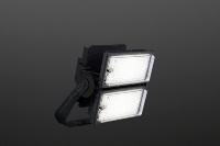 「グラウンドビーム」マルチハロゲン灯Sタイプ1000形器具相当。重さは15.0〜16.6kg(資料:パナソニック)