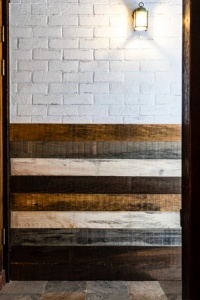 壁面への使用例(資料:プレイリーホームズ)