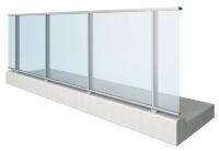 「ガラスSlim type」(資料:三協立山)