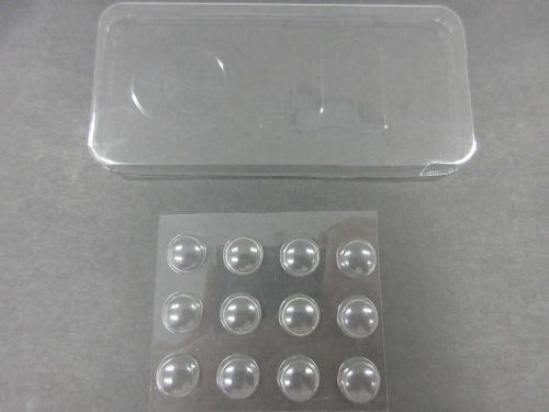 図4 CNF製透明フィルムの成形品
