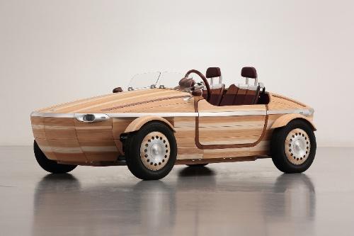図2 トヨタ自動車が2016年に発表した木の車