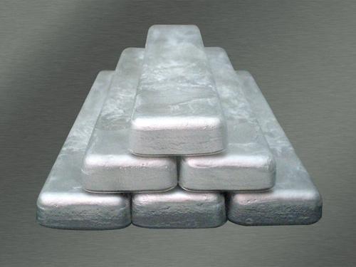 図1 ダイカスト向けの耐熱Mg合金のインゴット