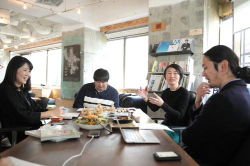 左から、保井美樹、中川悠介、林千晶、藤村龍至の各氏(撮影:澤田 聖司)