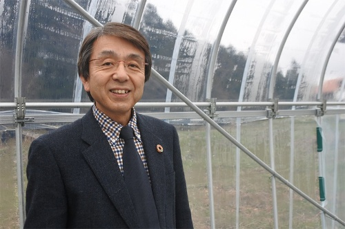 全国小水力利用推進協議会の上坂博亨代表理事・富山国際大学教授