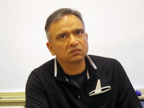 米ブルースタックスシステムズ(Bluestack Systems)CEOのRosen Sharma氏