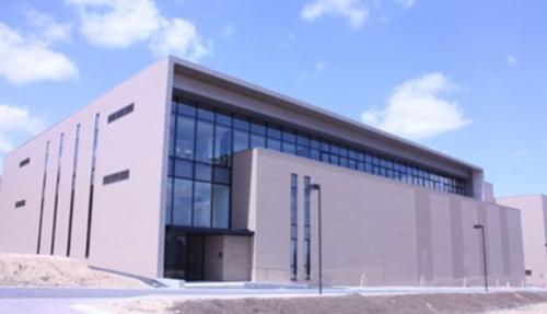 図2:国際集積エレクトロニクス研究開発センター(CIES)の建屋。青葉山新キャンパス内にある。(出所:東北大学)