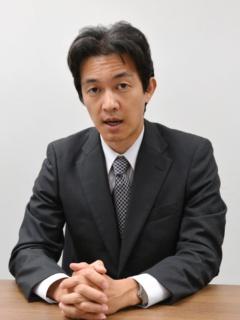 図1 取材に応じたテクノスジャパン社長の吉岡隆氏