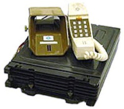 801型自動車電話