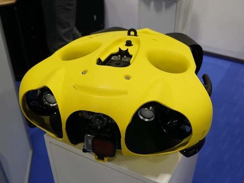 フランスのスタートアップであるNotilo Plusの水中ドローン「iBubble」