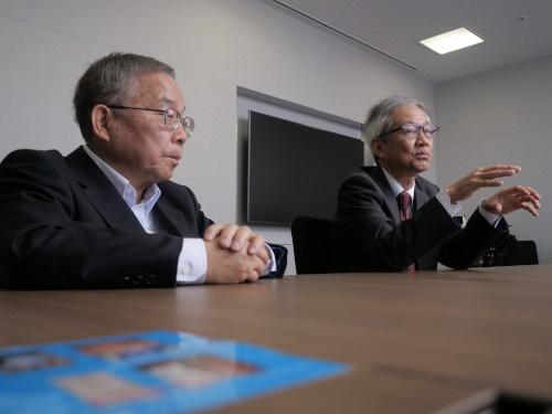 左が坂本氏、右が赤田氏(写真:加藤 康)
