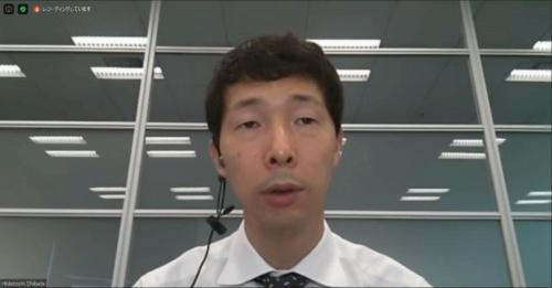 オンラインで事業戦略を説明するルネサス社長兼CEOの柴田英利氏