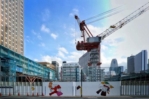 「新宿 TOKYU MILANO 再開発計画」計画地を北側より見る(写真:日経クロステック)