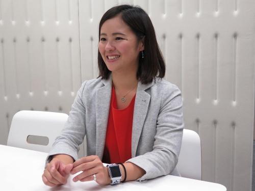 「乗ると元気になるヒコーキ」を企画する、ANAホールディングス デジタル・デザイン・ラボの小野沢綾花イノベーション・リサーチャー