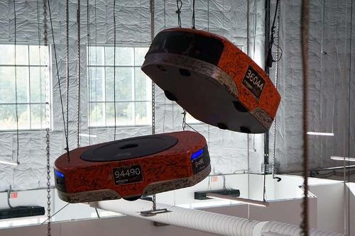 棚を運ぶロボット「Drive」