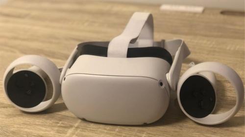 筆者が購入したVR製品「Oculus Quest 2」
